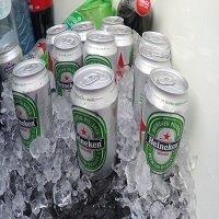 Koude biertjes Boottocht Den Haag