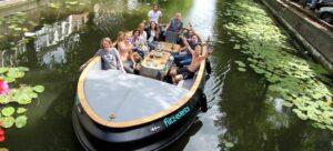 Rondvaart Den Haag tijdens een boottocht door de grachten van Den haag